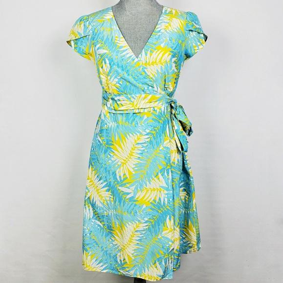 76ffeb75cf5627 Lilly Pulitzer Dresses & Skirts - Lilly Pulitzer | Palm Print Wrap Cap  Sleeve Dress